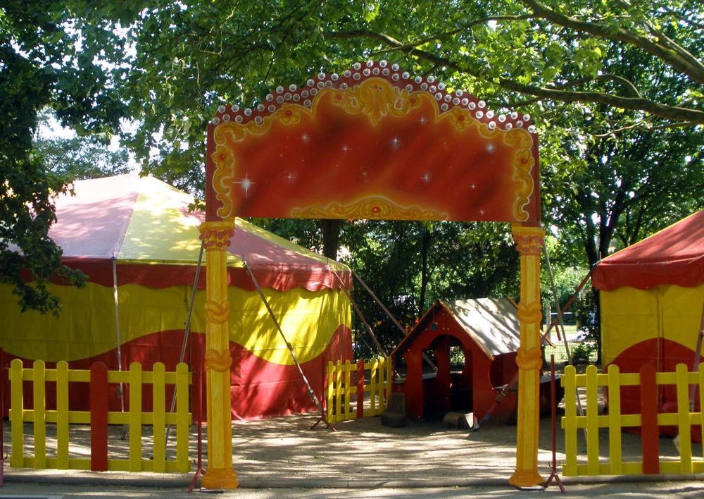 Circusevents Koeln entrance