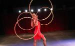 hula-hoop-show-4hoops-1000x625-150x93-Circusevents-Koeln