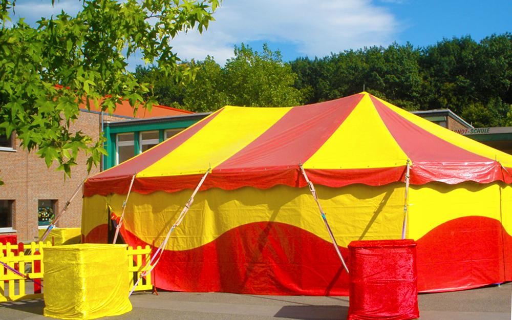 Tent-4-8x12m-oval-2Poles-03-1000x625-Circusevents-Koeln