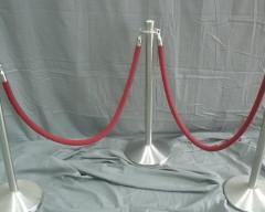 velvet rope stands